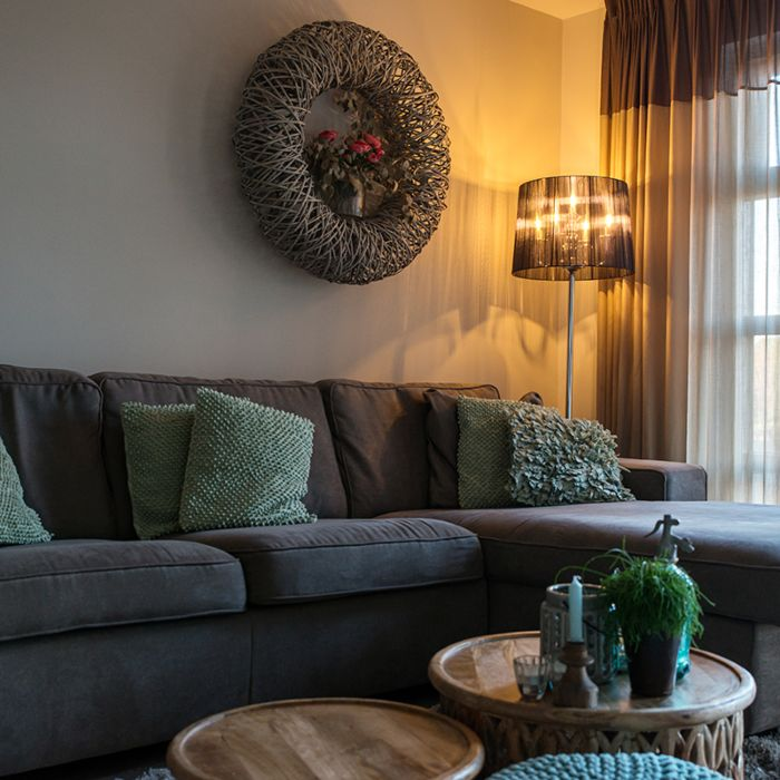 Classic-floor-lamp-chrome-with-black-shade---Ann-Kathrin-5
