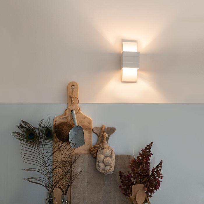 Modern-wall-lamp-white---Amy