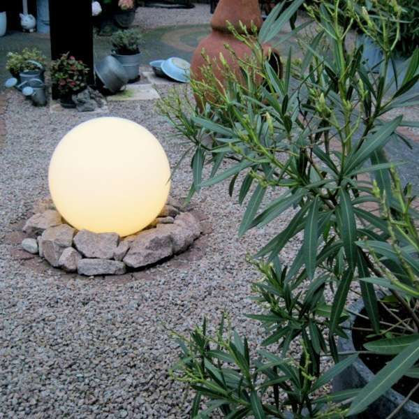 Outdoor-lamp-with-ground-spike-40-cm-IP44---Sphere