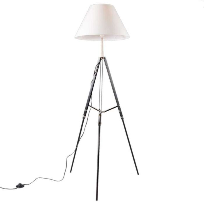 Floor-Lamp-Tripod-Black-with-White-Shade