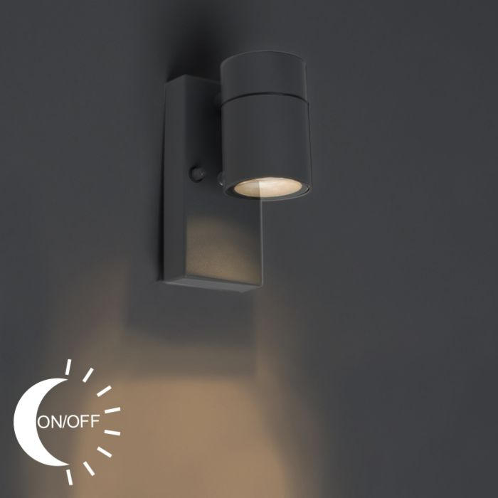 Outdoor-Wall-Lamp-with-Twilight-Switch-Anthracite-IP44---Solo