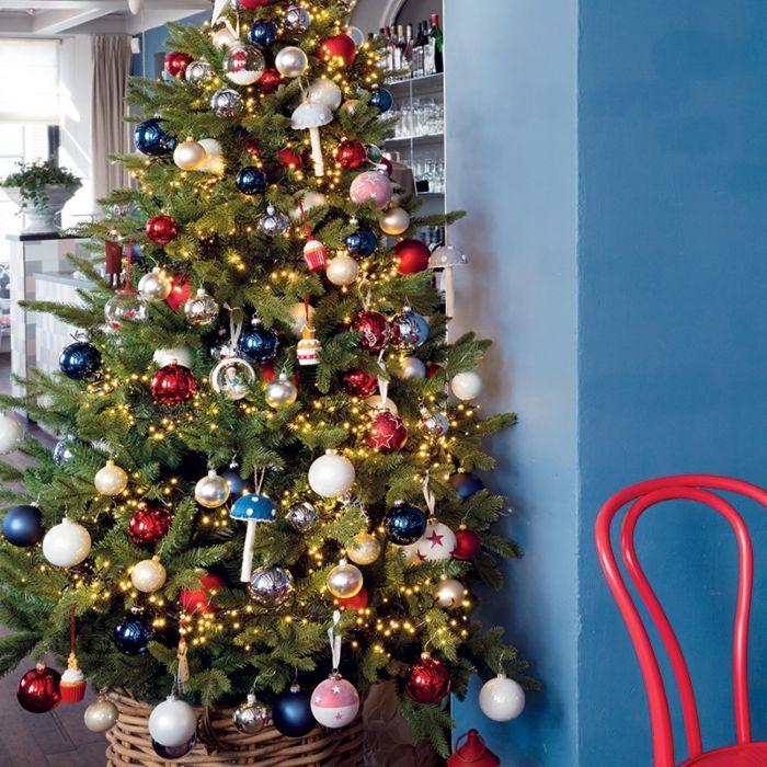 Christmas-Tree-Pine-Light-Green-LED-2.1-Meters
