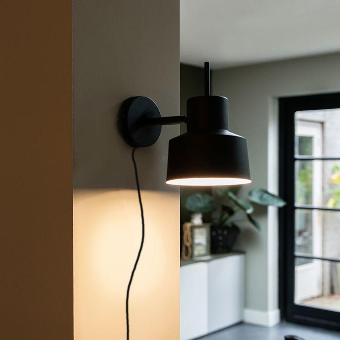Retro-wall-lamp-black---Chappie